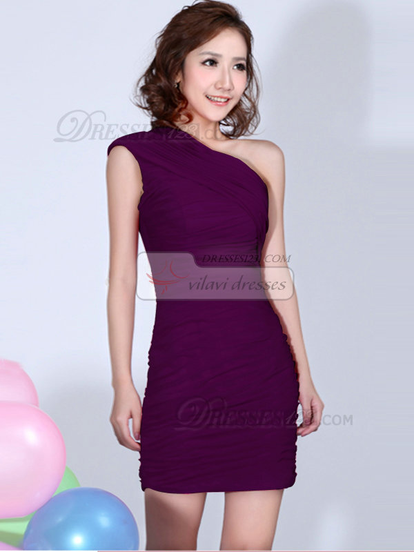 Sheath One Shoulder Ruched Short Grape Bridesmaid Dresses