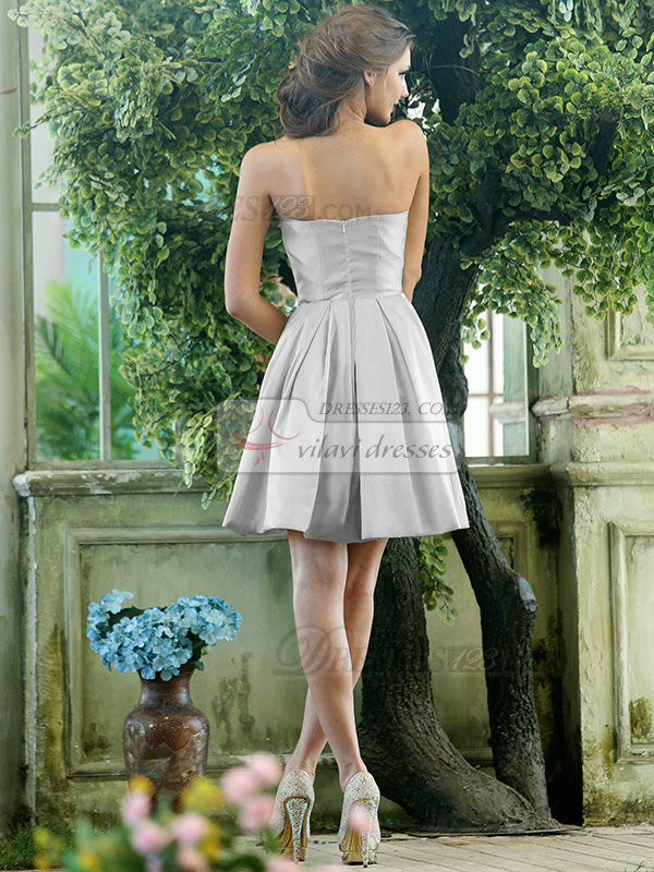 A-line Stretch Satin Sweetheart Knee-length Draped Silver Bridesmaid Dresses