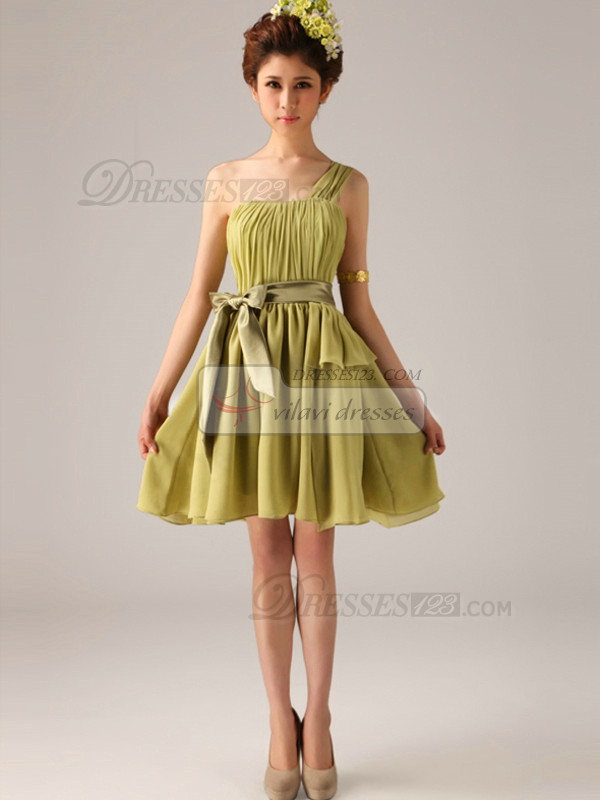 Lovely A-Line One shoulder Bowknot Bridesmaid Dresses