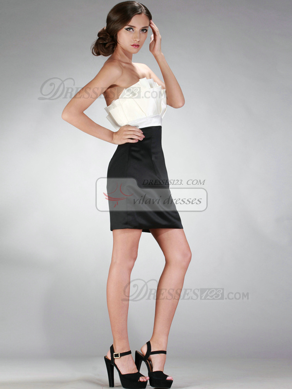 Adorable Sheath/Column Scalloped-edge Short/Mini Draped Cocktail/Homecoming Dresses