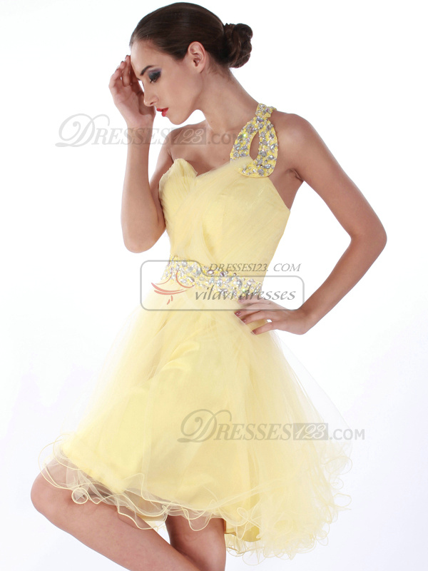 Glamorous A-line Tulle One shoulder Crystal Homecoming/Sweet 16 Dresses