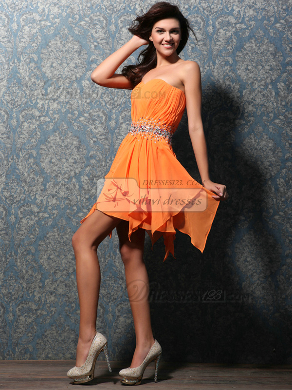 Lovely A-line Sweetheart Short/Mini Beading Sweet 16 Dresses
