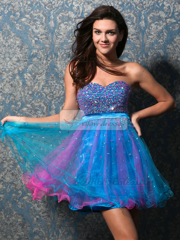 Glamorous A-line Tulle Sweetheart Beading Sweet 16 Dresses