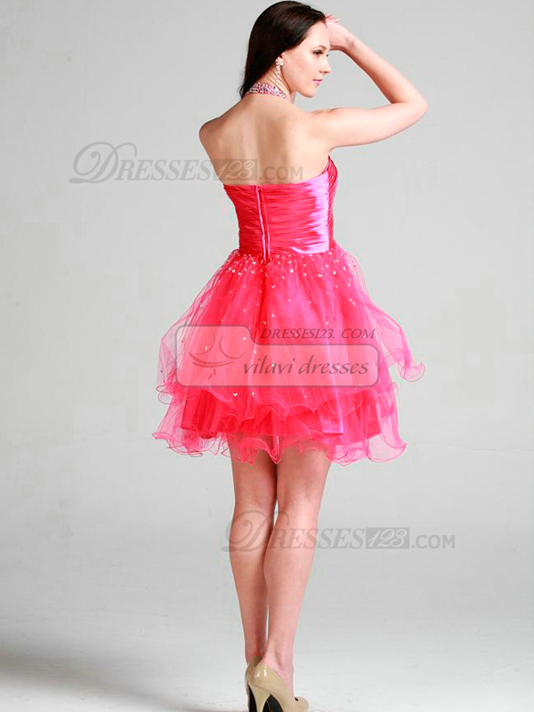 Gorgeous A-line Tulle Halter Beading Cocktail/Prom Dresses