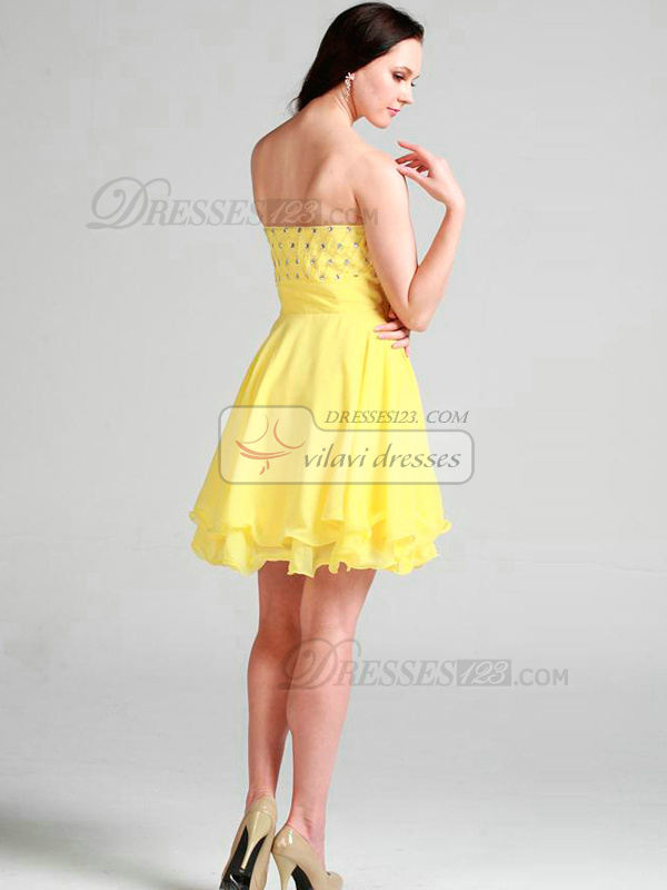 Lovely A-line Sweetheart Short/Mini Beading Homecoming/Sweet 16 Dresses