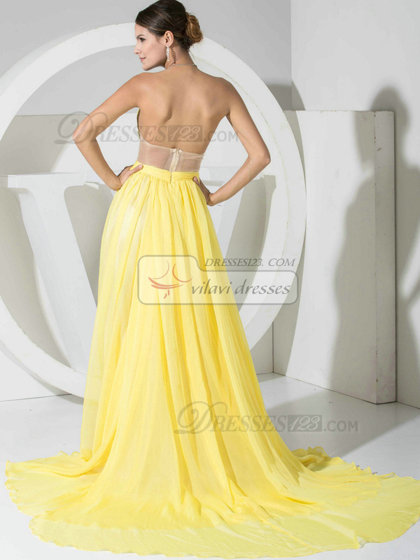 Luxurious A-line Chiffon Court Train Draped Prom/Evening Dresses