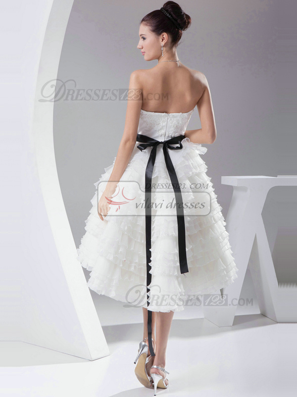 Glamorous Ball Gown Organza Knee-length Tiered Sweet 16 Dresses