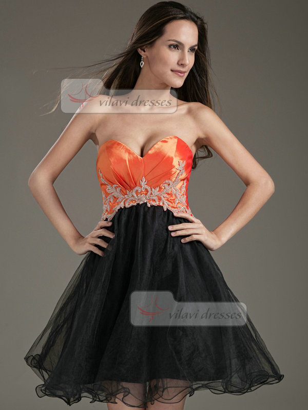 A-line Sweetheart Short Organza Beading Appliques Cocktail Dresses