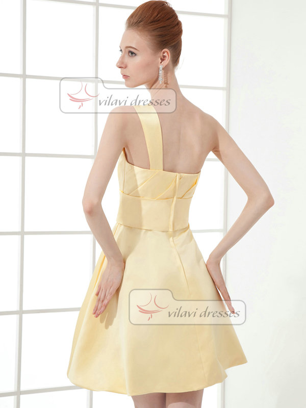A-line One Shoulder Short Satin Crystal Cocktail Dresses