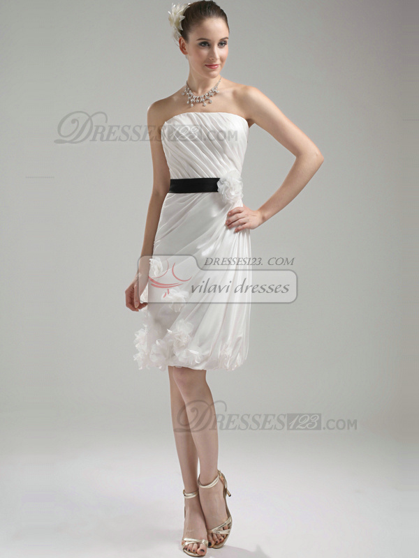 Lovely Sheath/Column Taffeta Knee-length Flower Homecoming Dresses