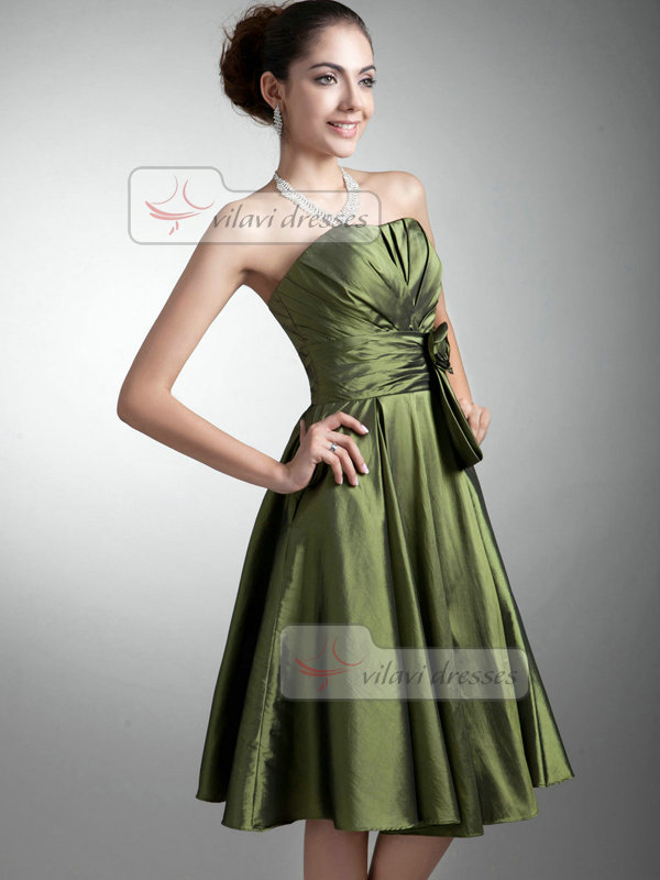 A-line Strapless Knee-length Taffeta Flower Cocktail Dresses