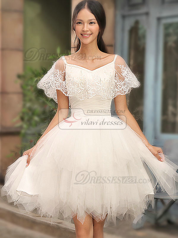 A-line Bateau Short Tulle Ruffle Short Sleeve Lace Homecoming Dresses