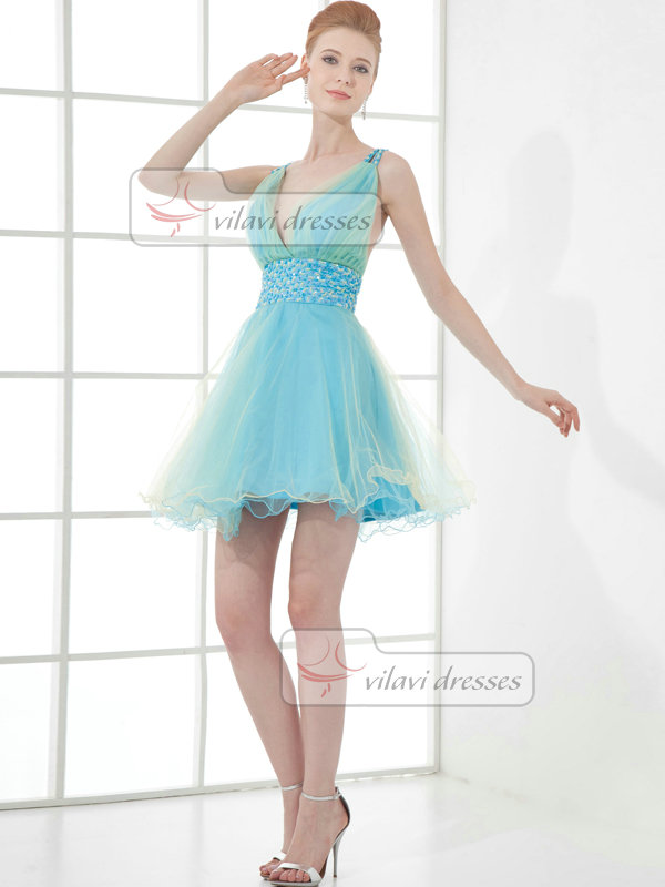 A-line V-neck Straps Short Tulle Beading Sequin Cocktail Dresses