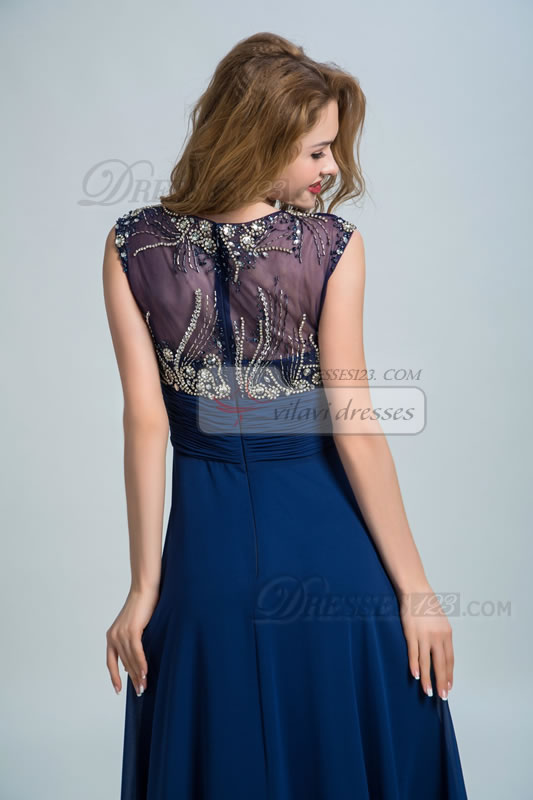 Fashionable Straps Beading Ruched Long Prom Dresses