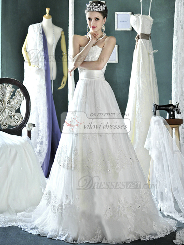 A-line Lace Tube Top Strapless Lace-up Chapel Train Appliques Beading Wedding Dresses