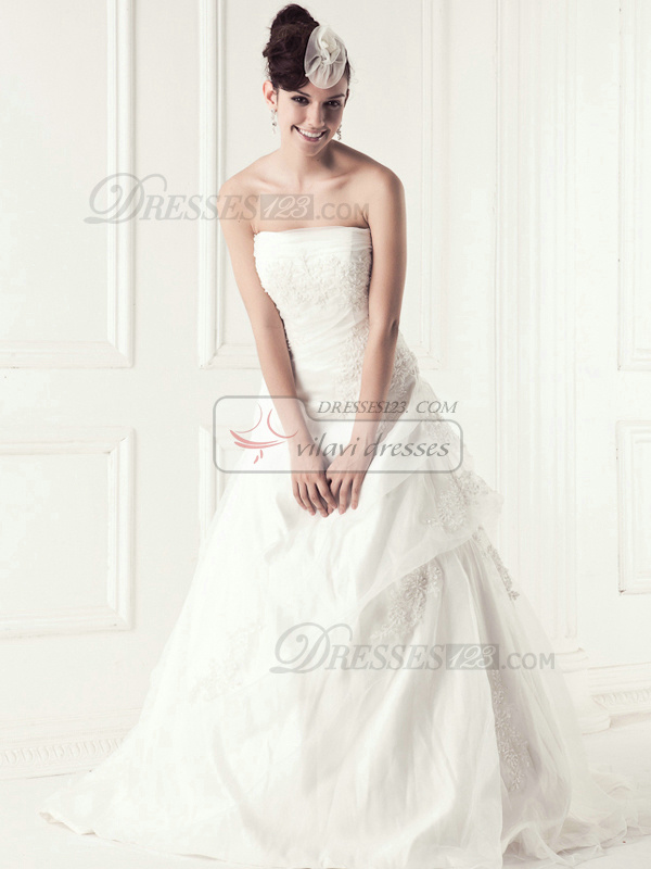 Appealing A-line Tube Top Chapel Train Appliques Wedding Dresses