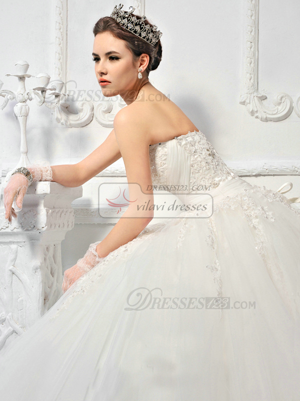 Ball Gown Tulle Sweetheart Strapless Lace-up Sweep Appliques Beading Wedding Dresses