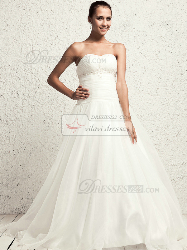 Beautiful A-line Tulle Sweetheart Sweep Wedding Dresses