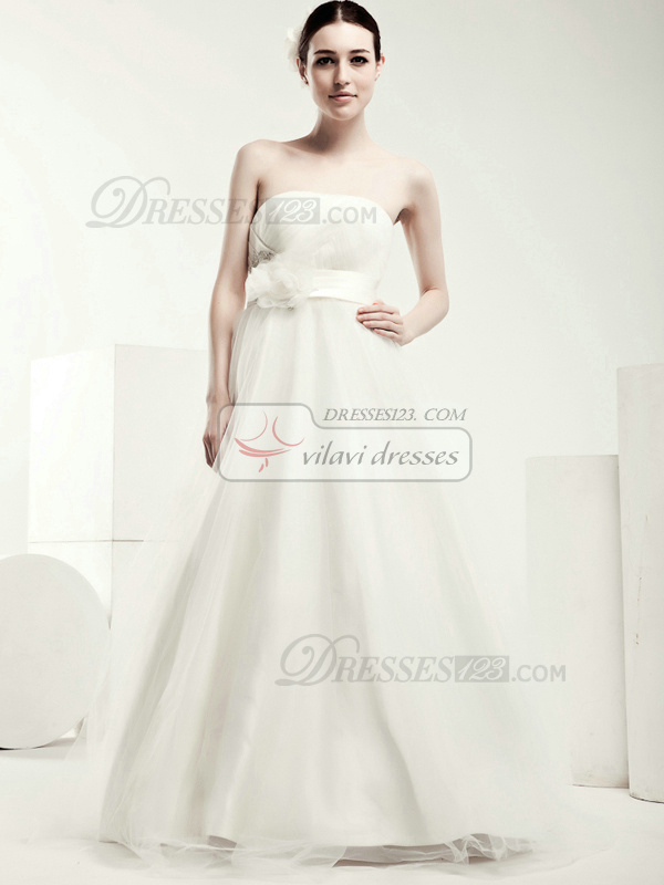 Graceful A-line Tulle Floor-length Flower Wedding Dresses