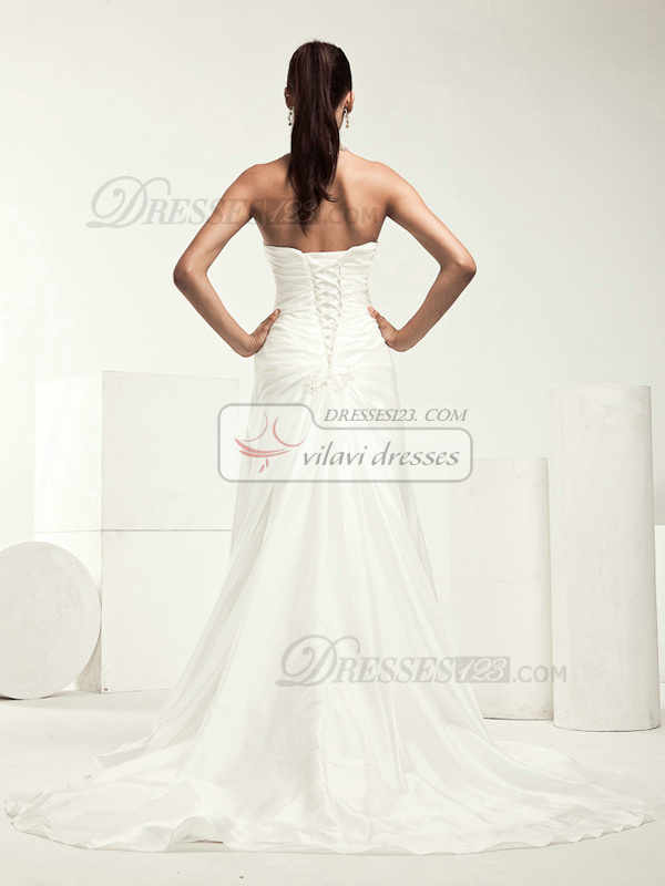 Noble A-line Taffeta Chapel Train Appliques Wedding Dresses