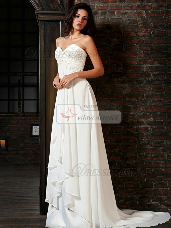 Astonishing A-Line Chiffon Sweetheart Court Train Appliques Wedding Dresses