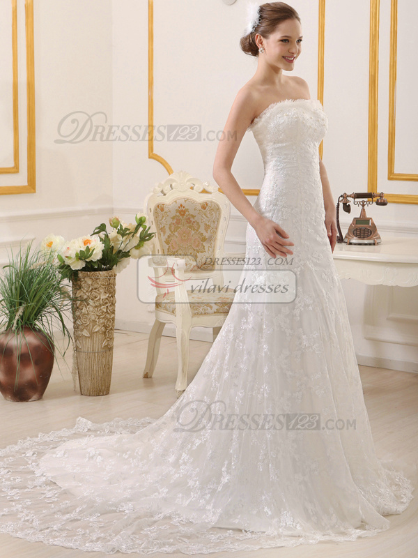Slimming Mermaid Sweetheart Court Train Lace Wedding Dresses