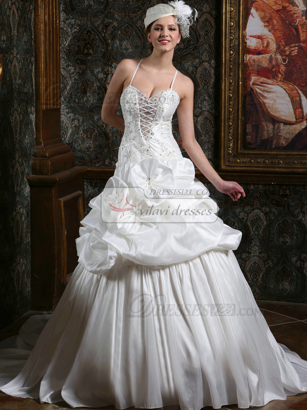 Royal Princess Taffeta Spaghetti Straps Court Train low-cut Wedding ...