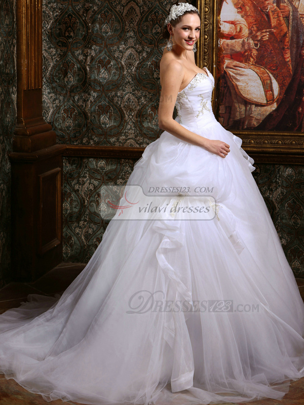 Princess Tulle Sweetheart Court Train Ruffles Wedding Dresses with Rhinestones and Crystals
