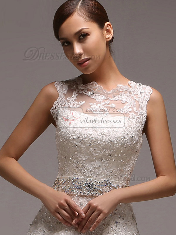 A-line Scalloped-edge Court Train Beading Lace Wedding Dresses