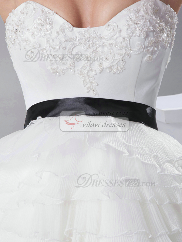 Glamorous Ball Gown Organza Sweetheart Knee-length Wedding Dresses