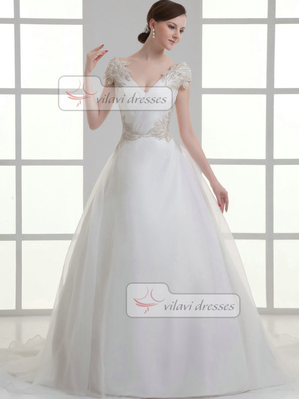 A-line V-neck Off-the-shoulder Sweep Organza Short Sleeve Wedding Dresses With Appliques