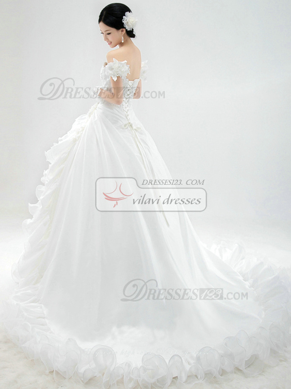 Princess Satin Sweetheart Strapless Lace-up Chapel Train Flower Appliques Wedding Dresses