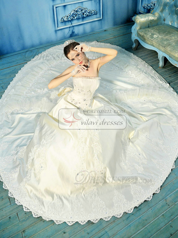 Royal Ball Gown Tube Top Chapel Train Satin Crystal Wedding Dresses