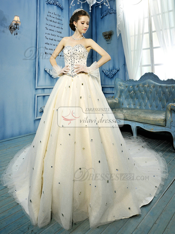 Ball Gown Sweetheart Court Train Tulle Big Crystals Wedding Dresses With Bowknot