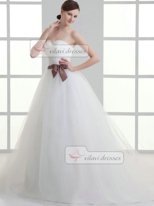 A-line Sweetheart Brush Train Tulle Bowknot Wedding Dresses