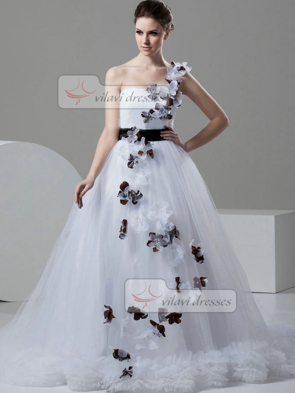 A-line One Shoulder Brush Train Tulle Beading Wedding Dresses