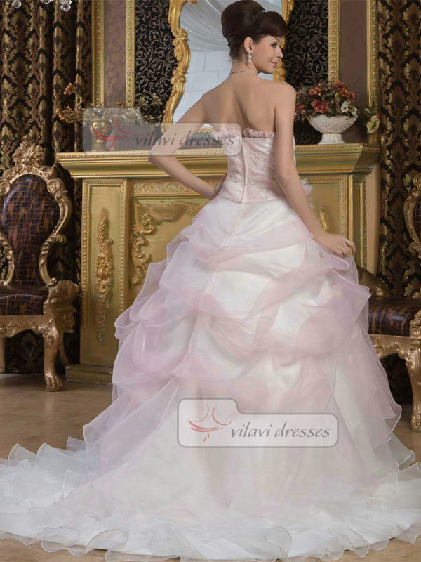 Ball Gown Scalloped-edge Brush Train Organza Beading Wedding Dresses With Pick-Ups