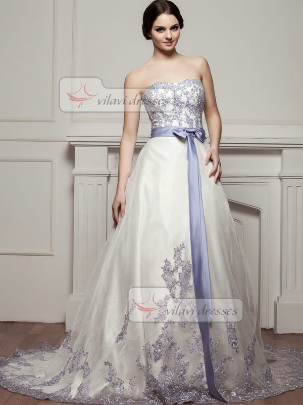 A-line Sweetheart Court Train Tulle Bowknot Appliques Wedding Dresses