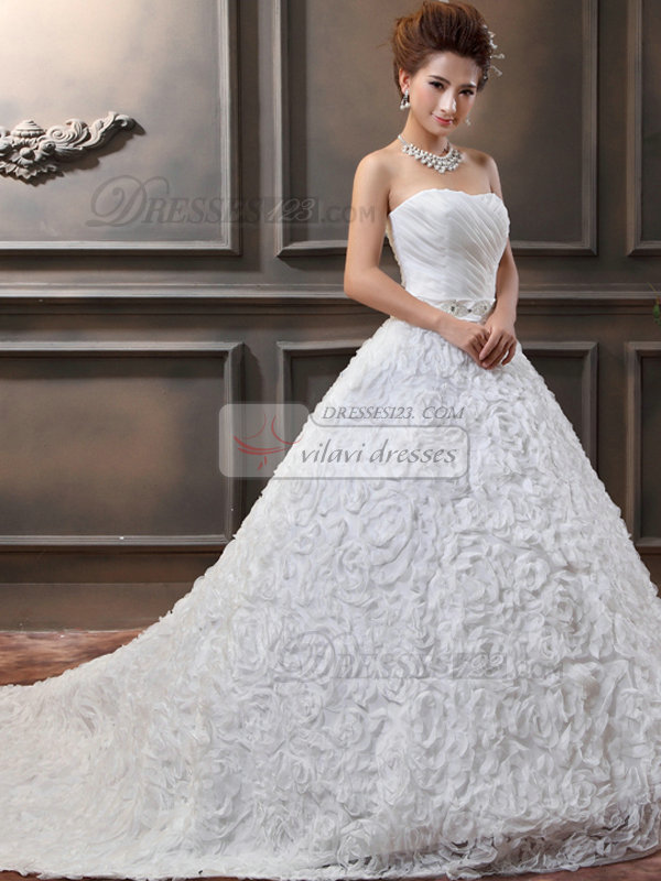 A-line Sweetheart Court Train Beading Lace Wedding Dresses