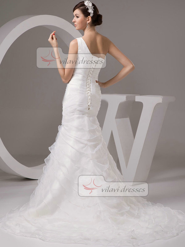 Mermaid One Shoulder Brush Organza Tiered Crystal Wedding Dresses