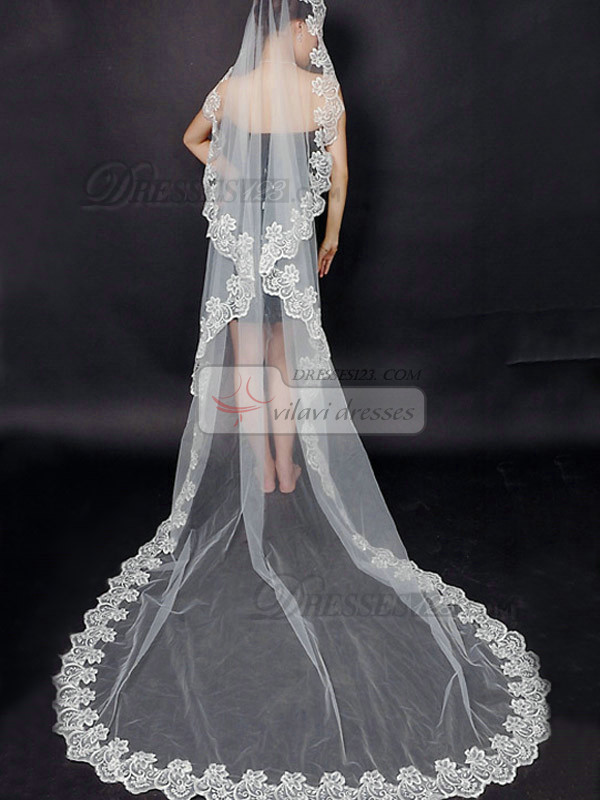 High Quality Single Layer Tulle Cathedral Length Lace Applique Edge Wedding Veil