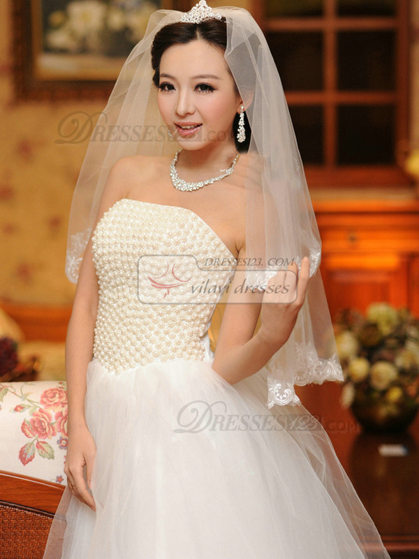 Single Layer Tulle Three-dimensional Lace Applique Edge Wedding Veil